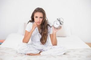 Зимняя депрессия: бессонница ночью, сонливость днем