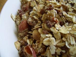 Орехи и злаки - хорошие продукты перед сном