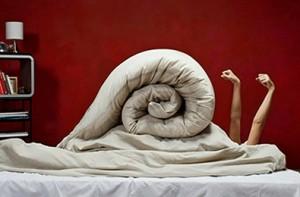 Любое одеяло как минимум один раз в полгода нуждается в чистке