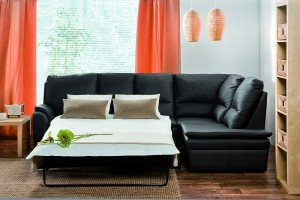 К сожалению, идеальным не является даже самый удобный диван для сна