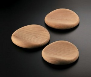 История подушки. Подушки из дерева