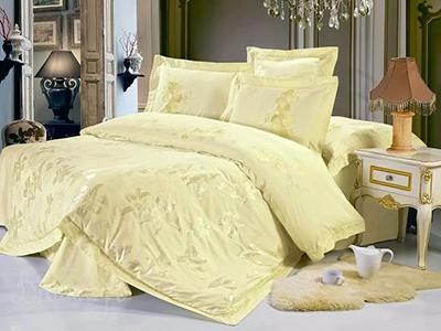Качественное одеяло станет настоящим украшением любой спальни